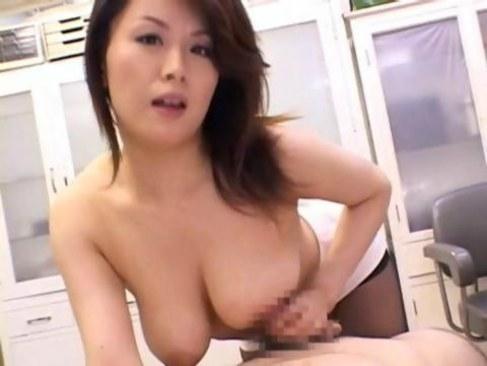熟女系AV女優の佐藤美紀が巨乳おばさん体型でチンポを昇天させる日活 無料yu-tyubu