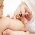Vaksinasi pada anak-anak