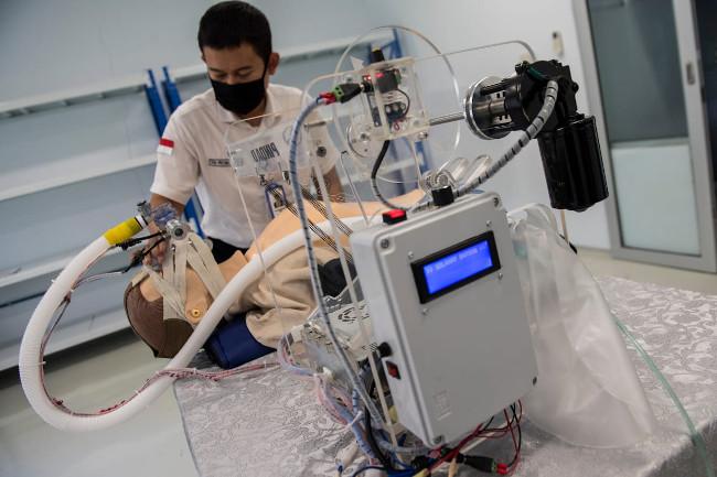 Imunoglobulin Bisa Persingkat Pasien COVID-19 Yang Gunakan Ventilator