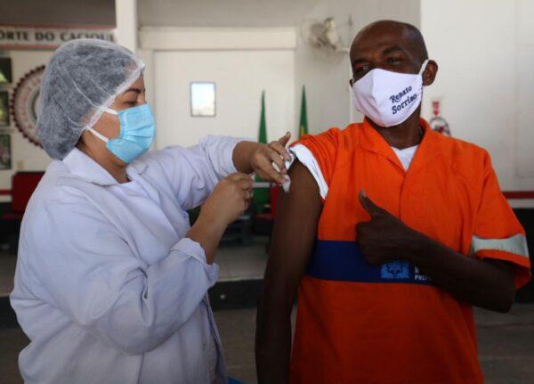 Gari Renato Sorriso recebe primeira dose da vacina contra a Covid-19
