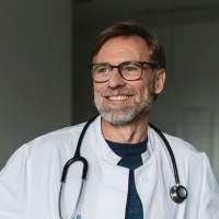 Dr bez kropki w mianowniku i z kropką w odmianie