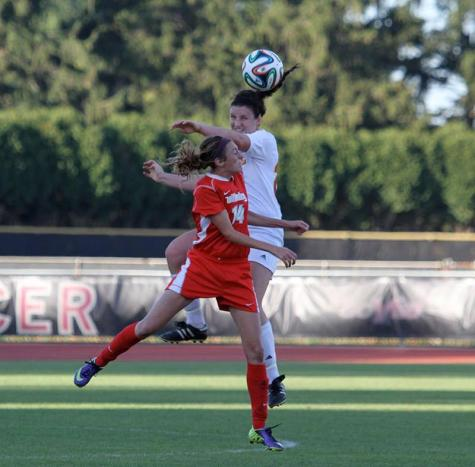 Women's Soccer Team Streaks Into Conference Play