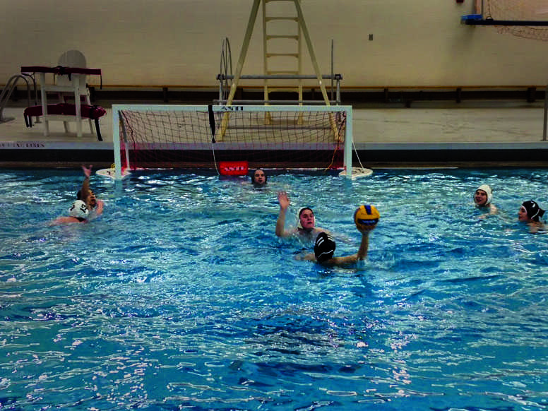 The+water+polo+team+gets+in+an+offseason+practice+session.+The+water+polo+season+begins+in+the+spring%3B+the+Yeomen+and+Yeowomen+hope+to+once+again+be+competing+in+the+Ohio+Valley+Division+of+the+Club+Level+bracket+within+the+CWPA.
