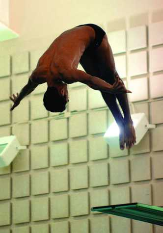 Oberlin Unable to Make a Splash in Home Meet