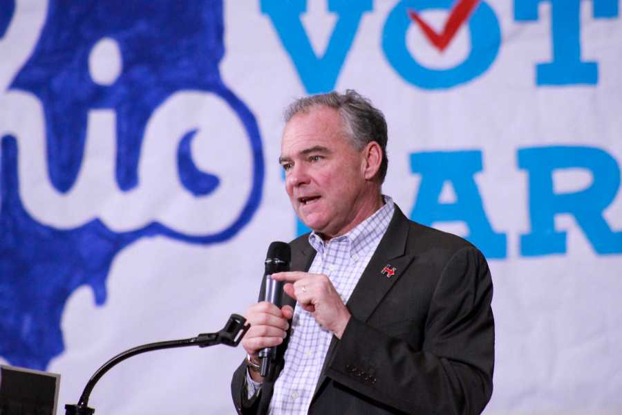 Democratic+Vice+Presidential+candidate+Tim+Kaine+gives+a+speech+at+Lorain+High+School+Thursday.+The+candidates+are+bitterly+battling+for+Ohio%E2%80%99s+18+electoral+votes.
