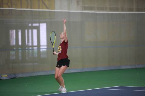 Women's Tennis Sweeps Wooster Match 9–0