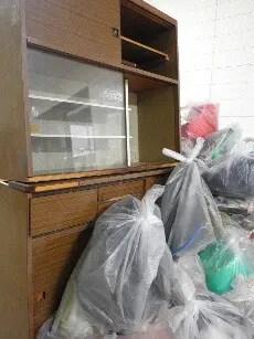 食器棚などの粗大ごみも格安回収