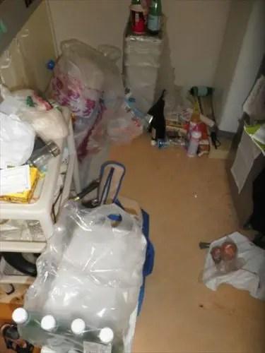 八尾市緑ヶ丘のワンルーム汚部屋の不用品ゴミ掃除片付け作業依頼案件のご紹介