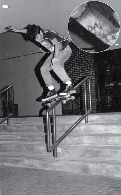 Redneck teen jacks off on his skateboard