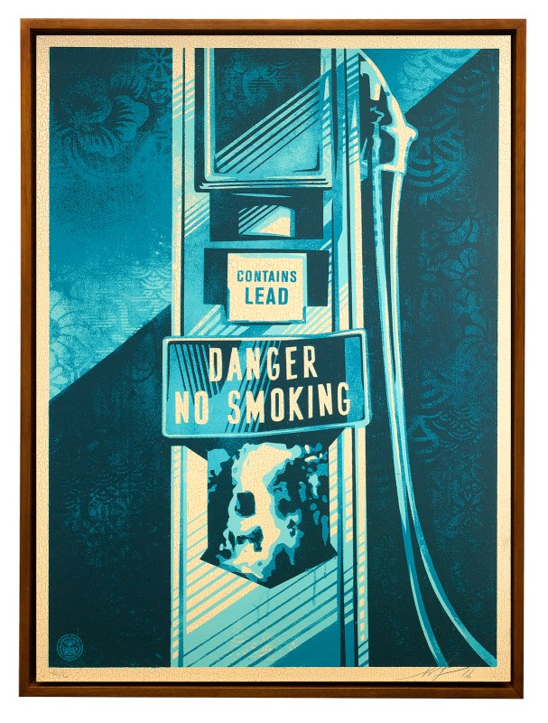 DANGER-NO-SMOKING-WOOD-PARIS