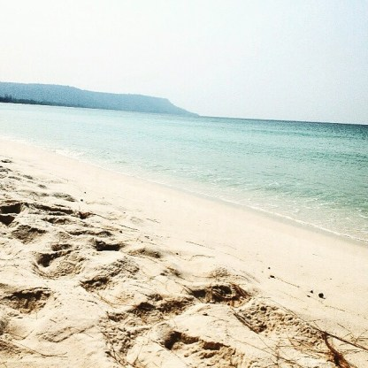 white sand beach in Cambodgia aka paradise