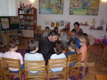 sfantul dimitrie in mijlocul copiilor- 04