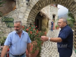 stone village insula creta grecia - 02