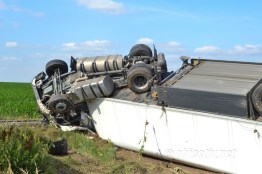 accident tir combinat slobozia - 03