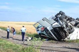 accident tir combinat slobozia - 07