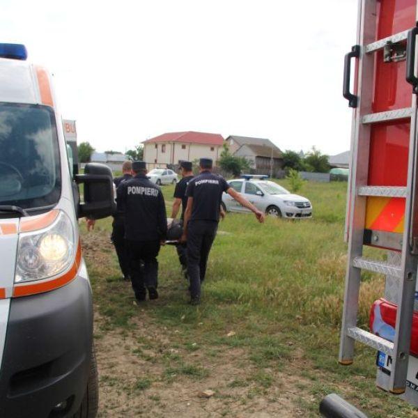 Slobozia: Bărbat salvat de pompieri dintr-un canal colector