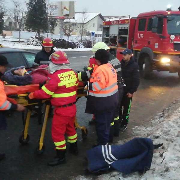 Slobozia: Accident rutier grav pe variantă, la intersecția cu bulevardul Chimiei. Victime încarcerate