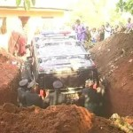 Nigerian Igbo Millionaire Buries Mother In Hummer (PHOTOS)