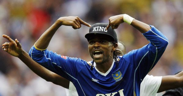 Portsmouths-Nigerian-striker-Nwanko-Kanu-celebrates-after-wining-The-FA-Cup