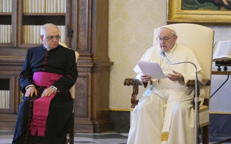 Papa Francisco  La fe siempre exige que nos dejemos sanar y convertir de nuestro individualismo, tanto personal como colectivo