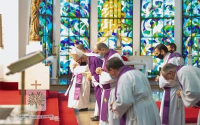 CABA | Mons. Santiago Olivera dio Gracias a Dios por el año transcurrido y por lo que nos queda aún por desarrollar en este tiempo de Adviento, esperando la Navidad