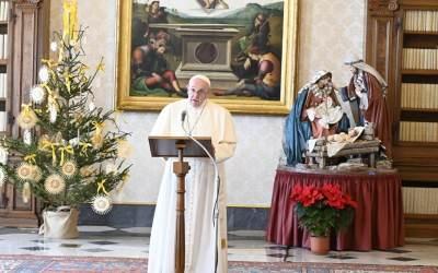 Papa Francisco | En la familia se podrá experimentar una comunión sincera cuando la dureza cotidiana del vivir sea suavizada por la ternura mutua y por la serena adhesión a la voluntad de Dios