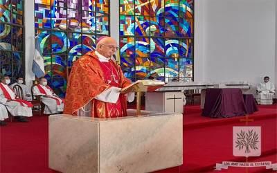 Mons. Olivera | La Cruz es signo de la Vida, de la Vida que no termina, es instrumento de amor