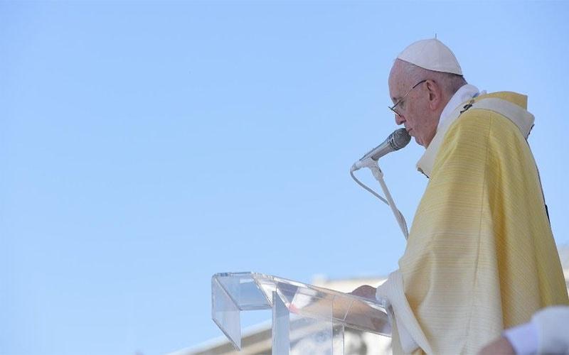 Papa Francisco | En la hambruna de amor de hoy, es el alimento que el hombre espera