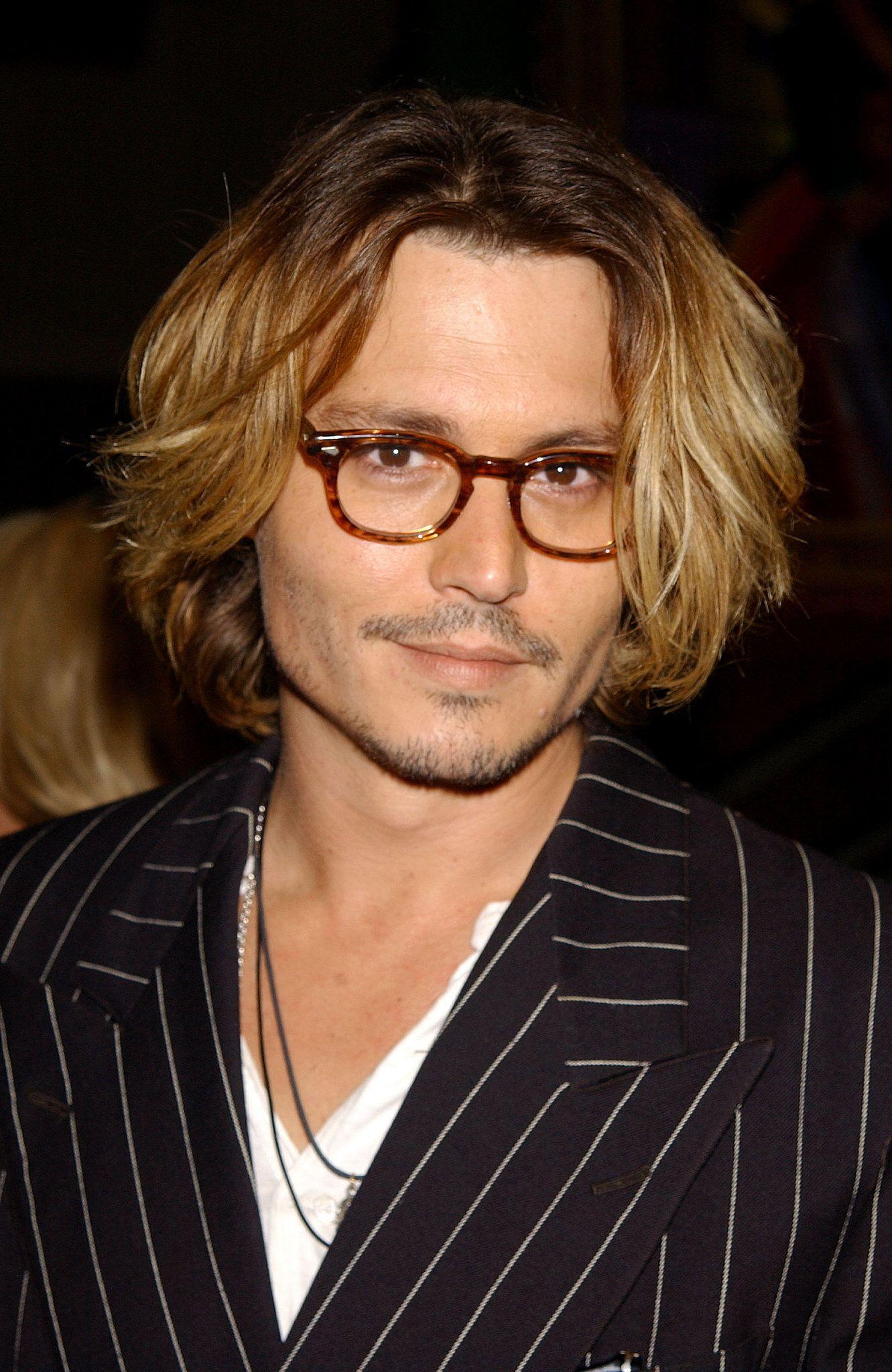 Johnny Depp cheveux longs