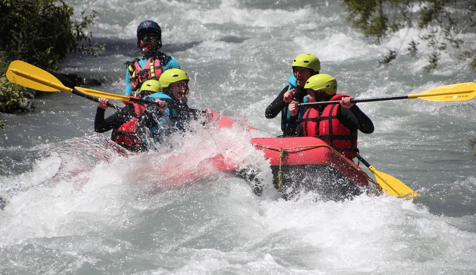 Bucket List activites france - Rafting Serre Chevalier