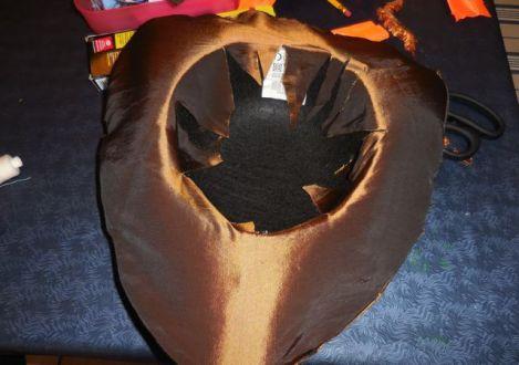 Le double disque est ouvert en son centre. les pointes sont collées à l'intérieur