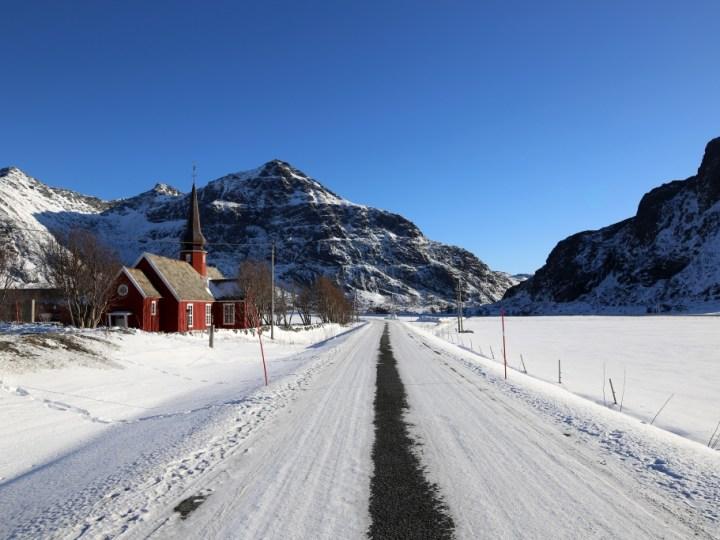 Flakstad église