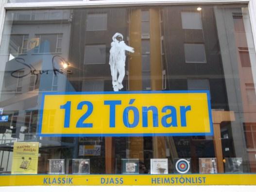 12 Tonar