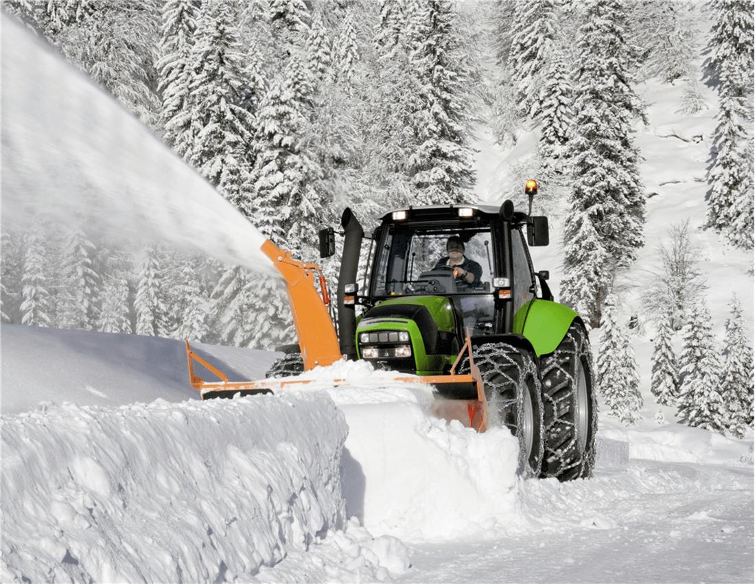 DesignApplause  Agrotron 7250 ttv tractor Deutzfahr