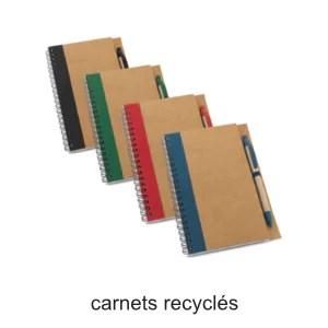 carnets en papier et carton recyclés
