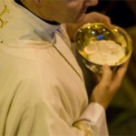 eucharist-priest-cna-web