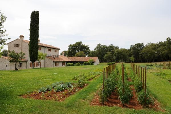 Vrt na Stanciji Meneghetti (Fotografija Meneghetti)