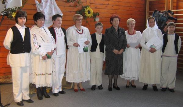 Sve dosadašnje pobjednice Babičinih kolača s dožupanicom Sonjom Borovčak (Snimio Miljenko Brezak / Acumen)