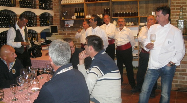 Boris Šuljić vodi kušanje svojih vina u konobi svoga hotela Boškinac (Snimio Miljenko Brezak / Acumen)