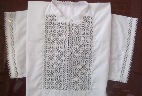 Tradicionalna košulja s paškom čipkom (Snimio Miljenko Brezak / Acumen)