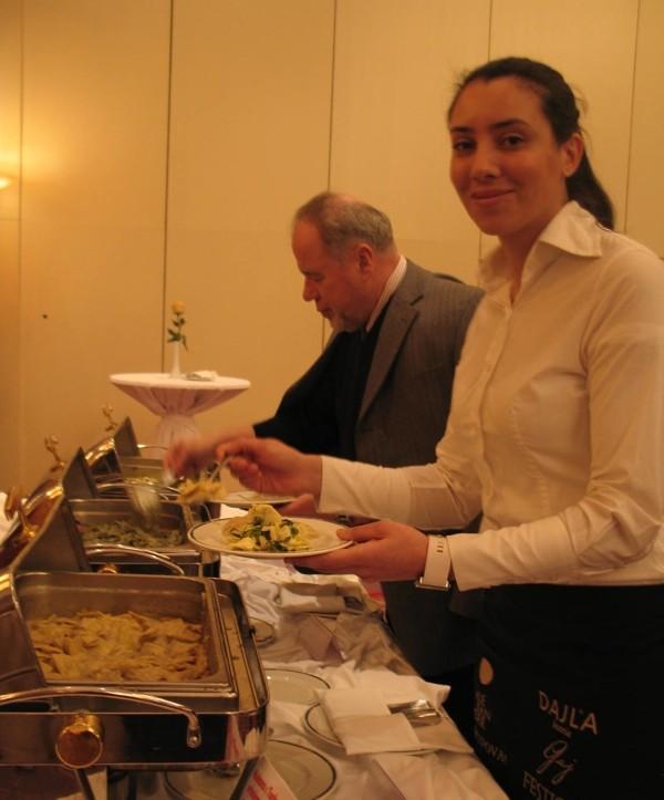 Uz degustaciju više do trideset jela s tjesteninom koja su pripremali članovi Hrvatskoga kuharskog saveza i ocjenjivalo se (Snimila Božica Brkan / Acumen)