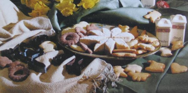 Crno-beli licitari, licitarski kolači, drobni prkači i prkačeci (iz kataloga izložbe Vuzem od Korizme do Matkane nedele)