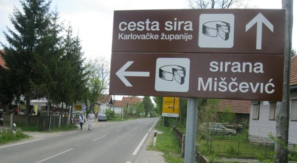 Novi prometni znak (Snimio Miljenko Brezak / Acumen)