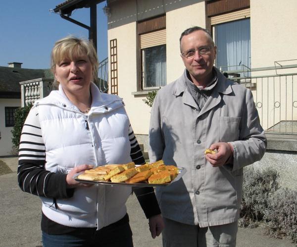 Snježana i Mijo s dobrodošlicom iz svoga mlina (Snimila Božica Brkan / Acumen)