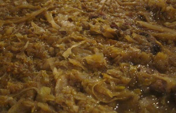 """I kiselo i slatko zelje """"utopili"""" su čak tri vrste mesa u odlično jelo (Snimio Miljenko Brezak / Acumen)"""