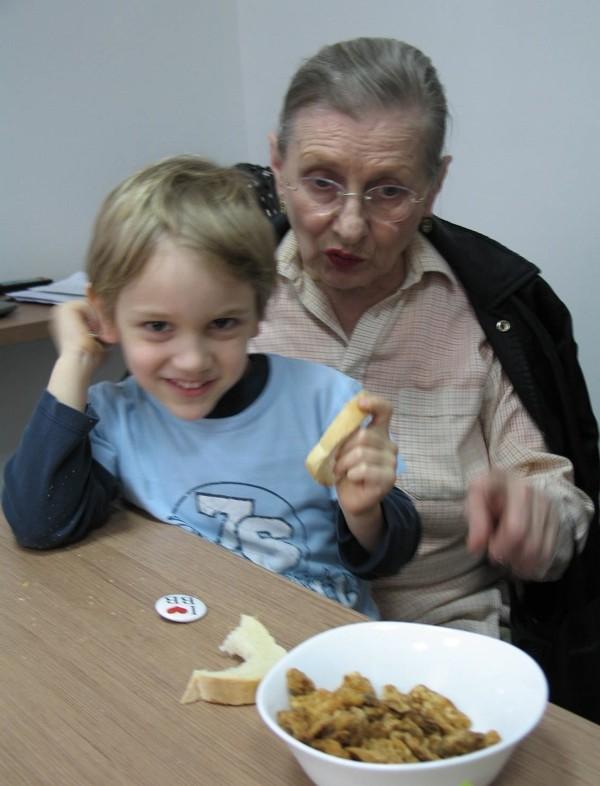 I maloga Zagrepčanina Felixa Herzoga baka je nutkala da proba čvarke, jer su jako fini (Snimila Božica Brkan / Acumen)