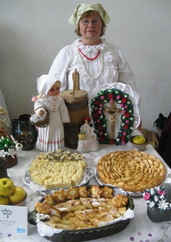 Pun stol slastica od zagorskih jabuka (Snimila Božica Brkan / Oblizeki)