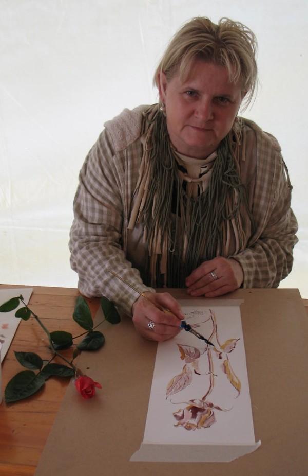 Vlatka Vidiček Dam za crtež ruže ponijela je i mirisni model iz svoga vrta (Snimila Božica Brkan / Oblizeki)