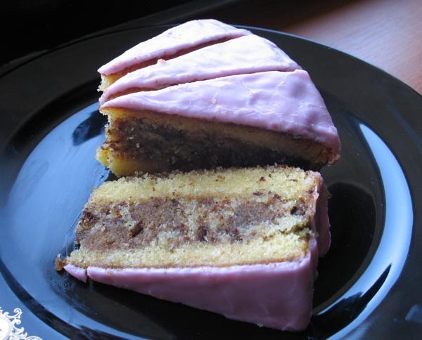 Punč torta iz slastičarnice Ilica iz zagrebačke Ilice (Snimila Božica Brkan / Oblizeki)