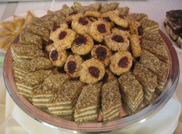 Posebno se ocjenjuju tradicionalne slastice, pa se često peku one s tradicionalnim sastojcima orasima, pekmezom od šljiva itd. (Snimio Miljenko Brezak / Oblizeki)